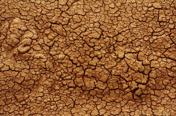 cracked-dirt-texture-2